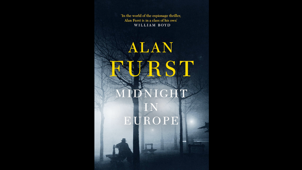Alan Furst,  Midnight in Europe