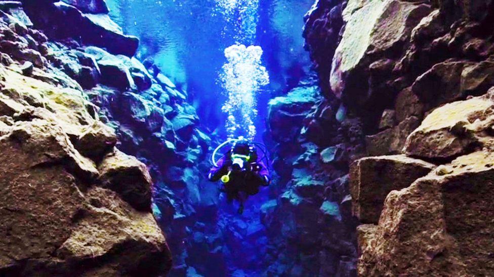 Silfra, Iceland, Silfra fissure, diving