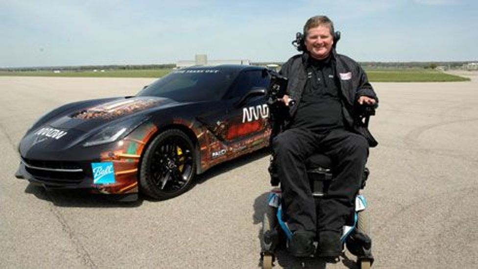 Sam Schmidt controlled this racing car using only head movements (USAF/Al Bright)