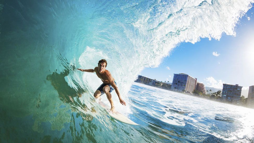 Could pro surfers and other athletes perceive time more slowly than the rest of us? (Thinkstock)