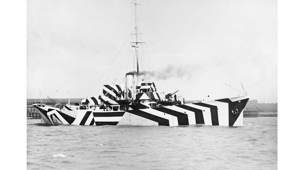 Gunboat HMS Kildangan in dazzle camouflage, 1918. (IWM via Getty Images)