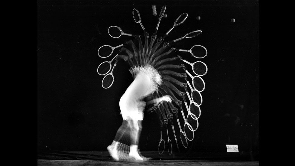 Edgerton's pioneering techniques allowed an athlete's practised movements to appear as a series of frozen moments. (Harold Edgerton Archive, MIT)