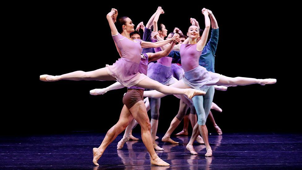 Members of the Australian Ballet perform during a press preview of Art to Sky at the Sydney Opera House (EPA European Pressphoto Agency B.V. / Alamy)