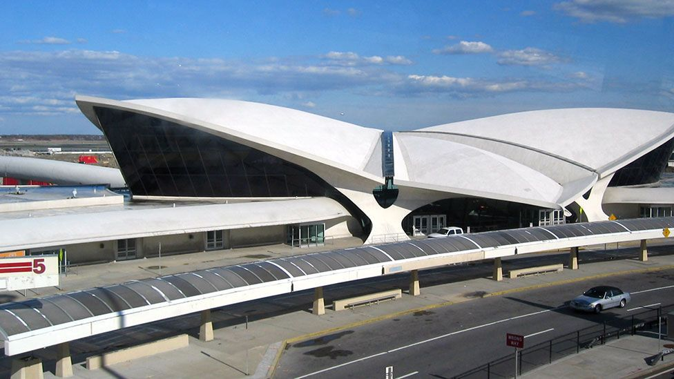 Finnish-American architect Eero Saarinen's futuristic design for the TWA Flight Center evokes the thrill and glamour of 1960s air travel (Evan P Cordes / Flickr / CC BY 2.0)