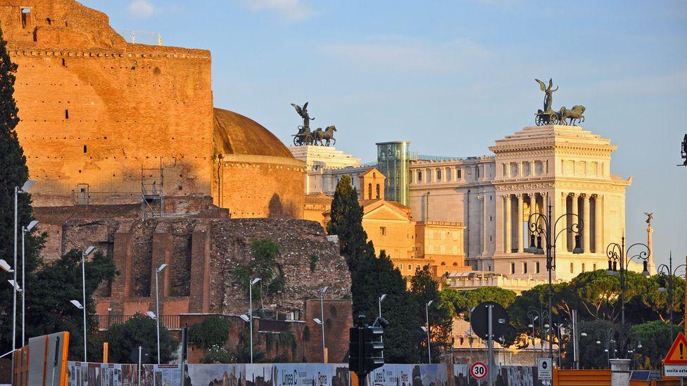 Rome, Basilica of Constantine, metro, public transport, sunrise, ruins