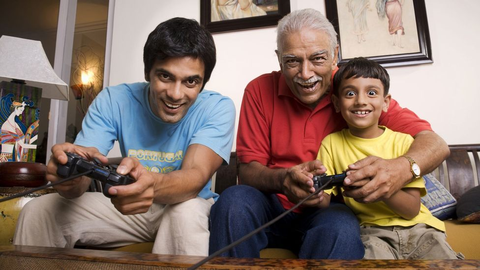 Living with your parents can be challenging, but it has its bright spots. (Thinkstock)