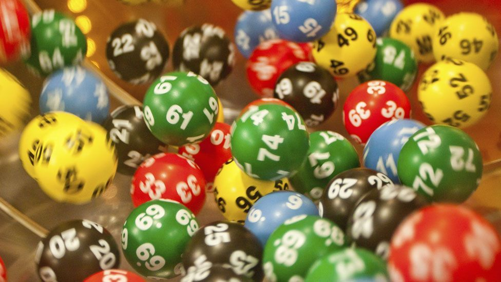 Read more: How to use hidden patterns to win at the lottery, cards... and even Rock, Paper, Scissors.