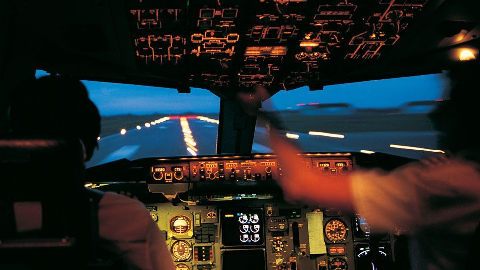 Pilots have higher levels of stress hormones on their early shifts (Thinkstock)