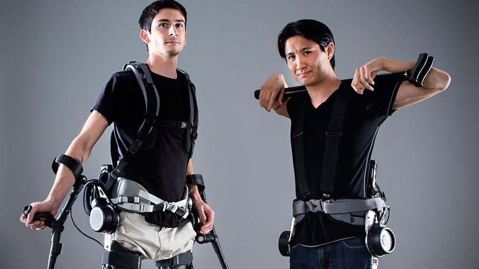 Daniel Fukuchi (right) and a fellow 'test pilot' (Berkeley Robotics & Human Engineering Laboratory)