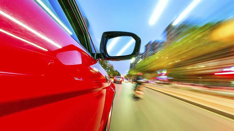 People respond better to driverless car errors when it acts like a human (Thinkstock)