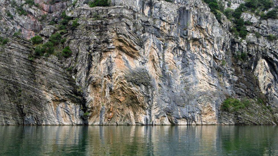 Marbled cliffsides. (Adam H Graham)