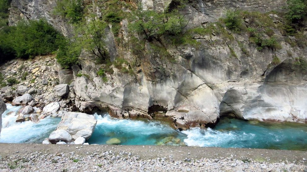 Aquamarine rivers. (Adam H Graham)