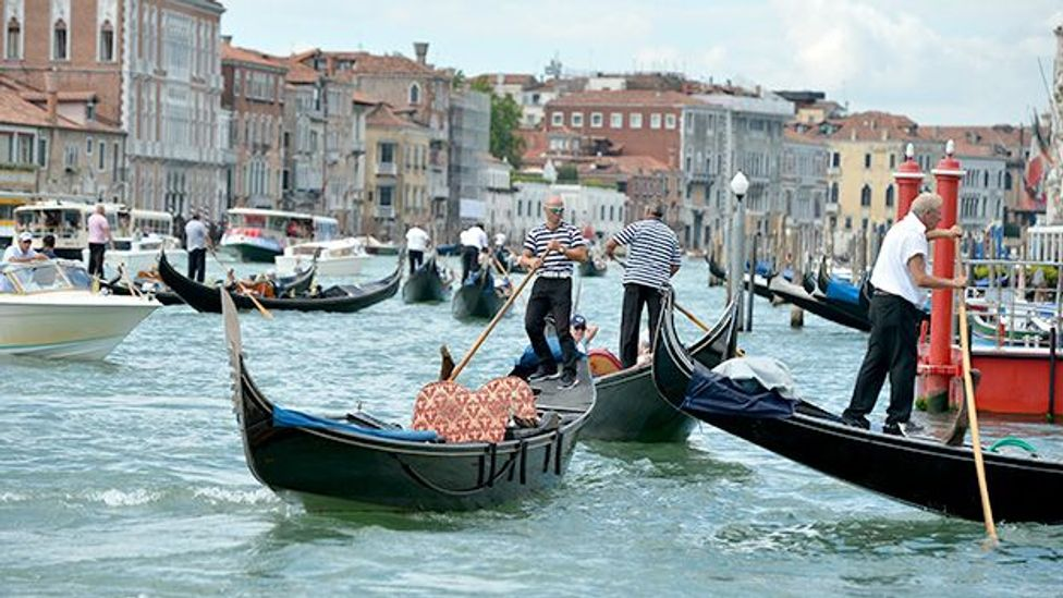 Quora user Fernando Ortega fell in love with Venice, despite others telling him the city smelt bad and was too expensive. (Getty)