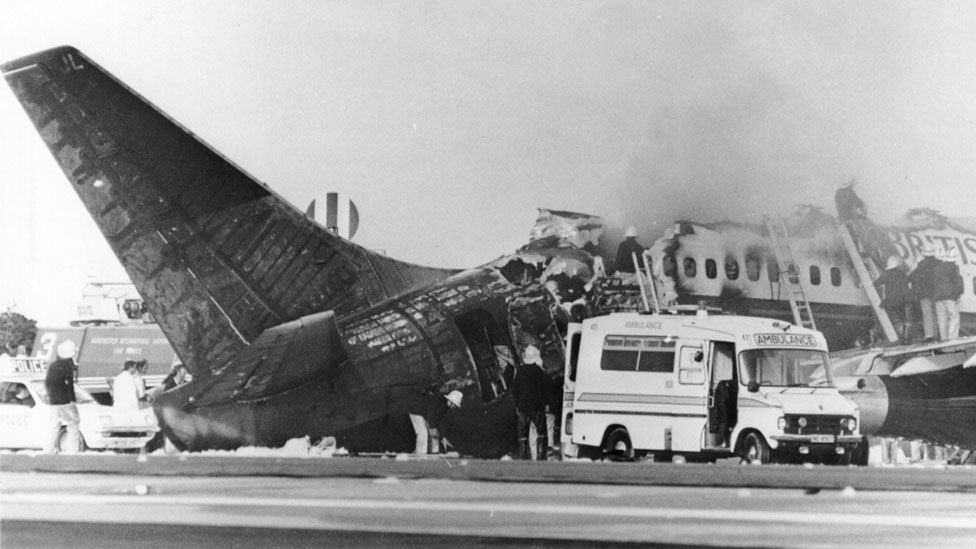 Passenger behaviour in a fatal fire at Manchester Airport in the 1980s puzzled experts (Getty Images)