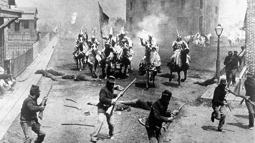 The Birth of a Nation established the template for future Hollywood battle scenes – from The Empire Strikes Back to The Lord of the Rings trilogy. (Epoch Producing Corporation)