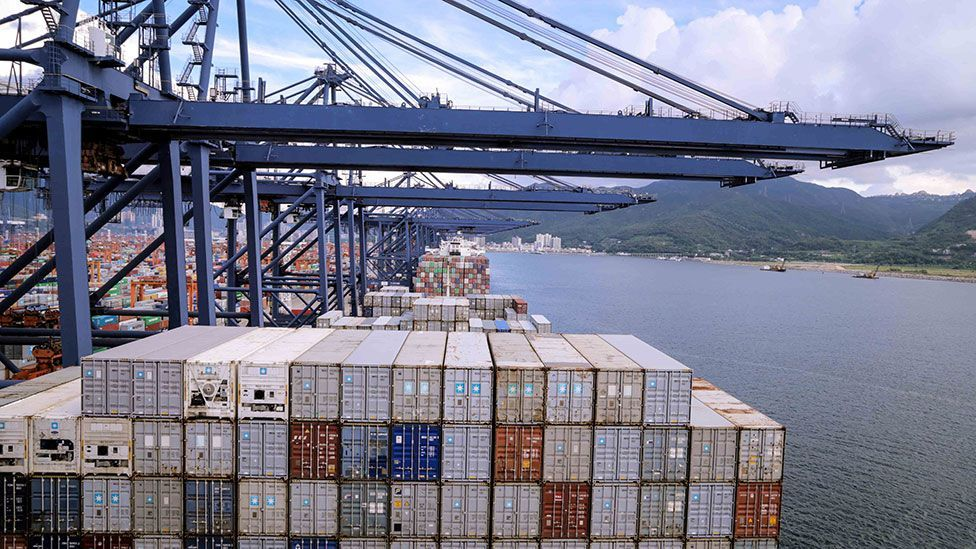 The Gulhilde Maersk container ship loading at Yantian Port in China (Kate Davies/Unknown Fields)