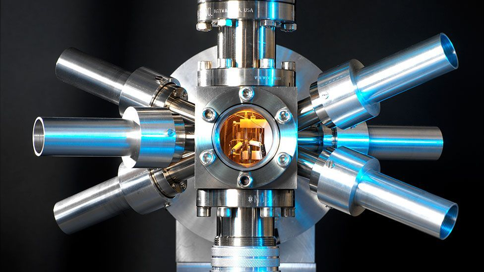 """The latest """"optical"""" clocks lose less than a single second in the whole lifetime of the universe (Science Photo Library)"""
