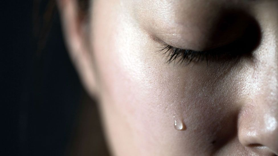 Why painful memories linger with us - BBC Future