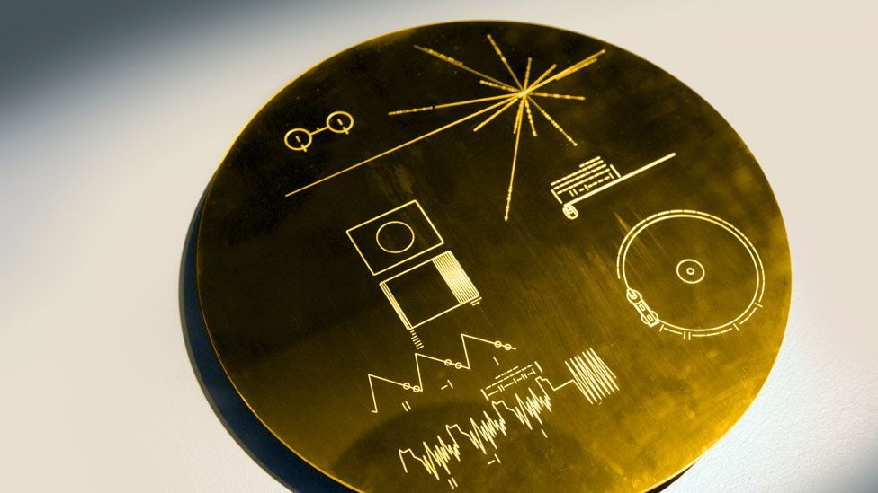 Voyager's golden disc: tunes for aliens (Credit: SPL)