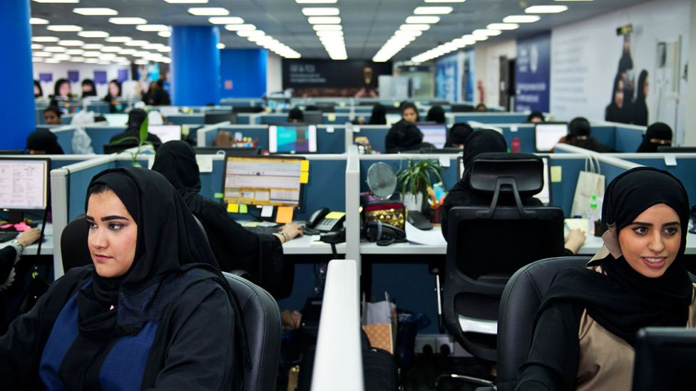 A women-only workplace in Saudi Arabia. (Credit: General Electric)