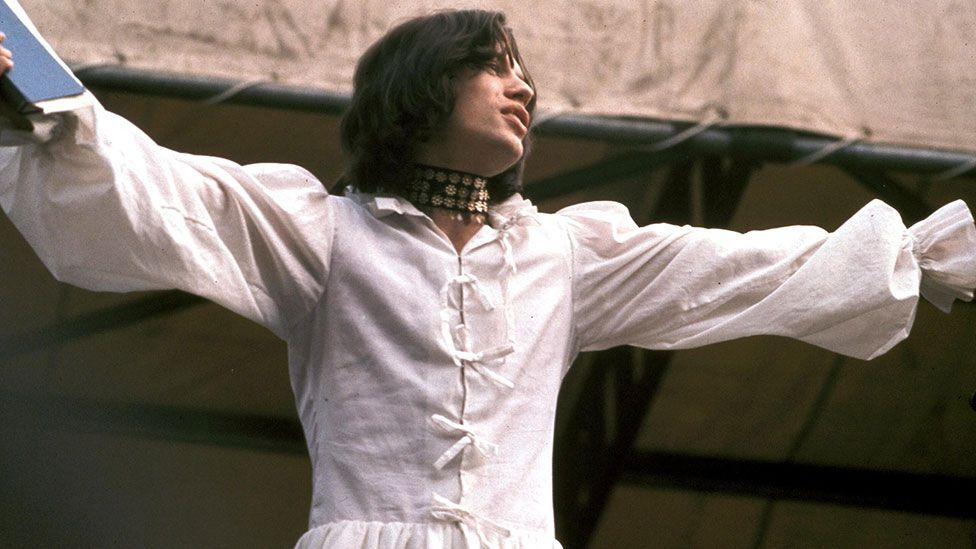 Mr Fish's white 'man dress' worn by Mick Jagger at a concert in Hyde Park in 1969 cast him as a romantic hero in the style of Shelley or Byron (Credit: Alamy)