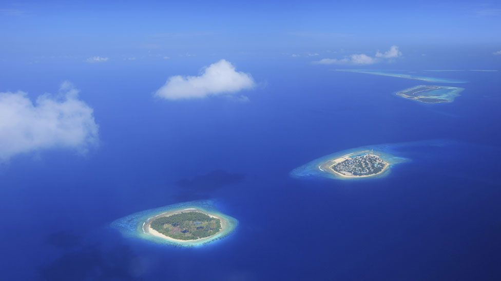 If the Maldives disappear, could their people turn to seasteading? (Credit: Thinkstock)