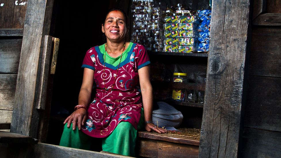 Nepal, teahouses, hiking trails, trekking, mountains, shops
