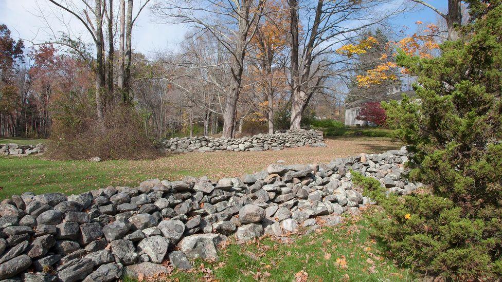 The town's stone walls (Credit: Amanda Ruggeri)