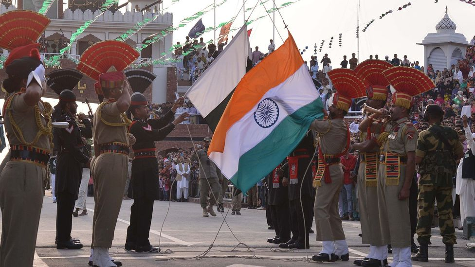 """The """"flag-off"""" during the closing ceremony (Credit: Narinder Nanu/Stringer/Getty)"""