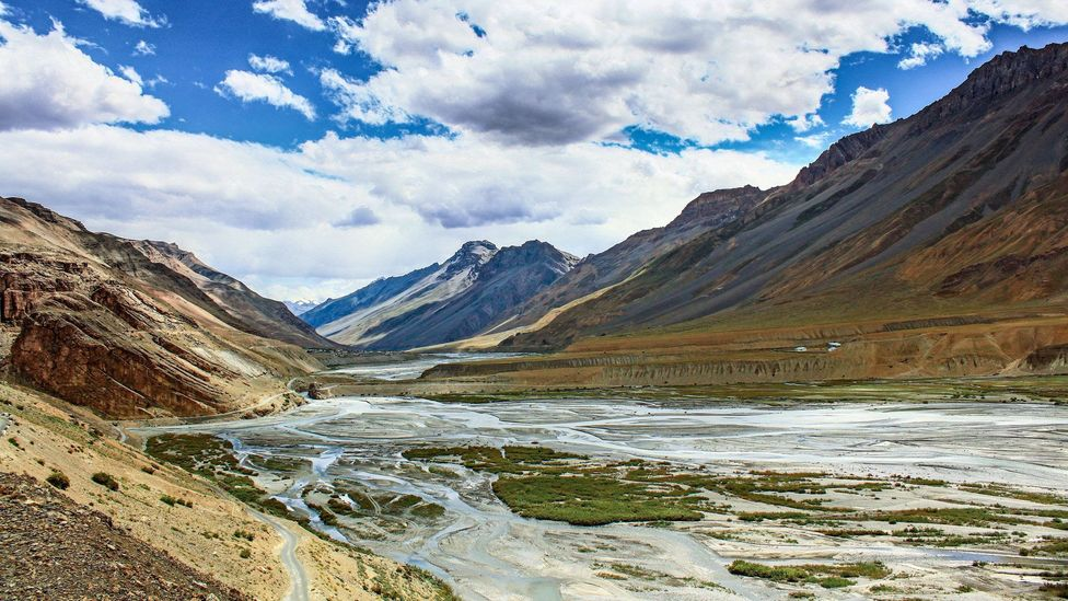 A view over the surreal Spiti Valley (Credit: Neelima Vallangi)