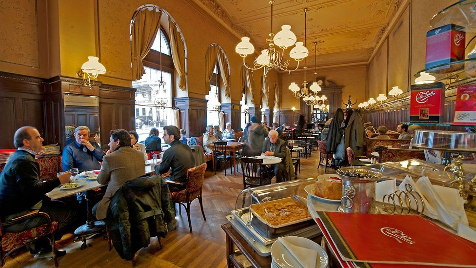 Enjoying life in Cafe Sperl (Credit: Imagno/Getty Images)