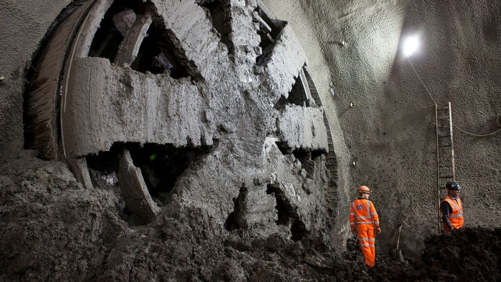 The tunnel atmosphere is sometimes equivalent to 10m (33ft) underwater (Credit: Crossrail)