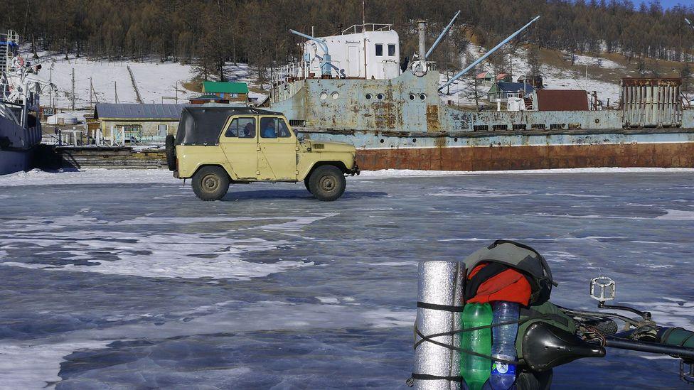 Parked on frozen Lake Khövsgöl (Credit: Stephen Fabes)