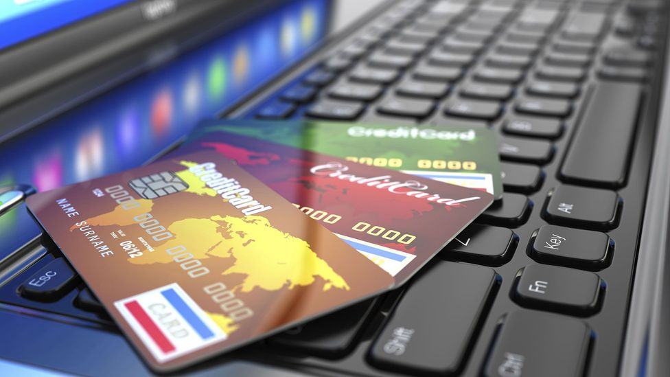 Credit cards make a lucrative target for many burglars (Credit: Thinkstock)
