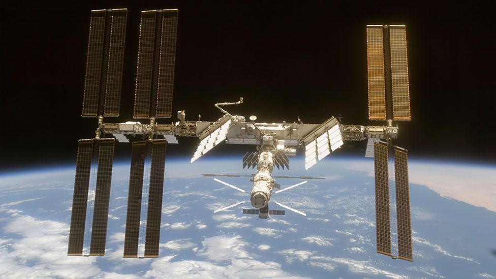 Shuttle crews would normally have tried to dock with the International Space Station (Credit: STS-119 Shuttle Crew/Nasa)