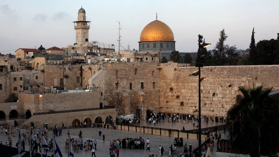 Dome of the Rock and the Western Wall in Jerusalem's Old City (Credit: Gali Tibbon/Getty)