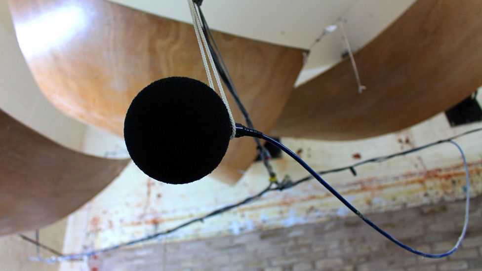 A recording microphone in the testing lab at Salford (Credit: Chris Baraniuk)