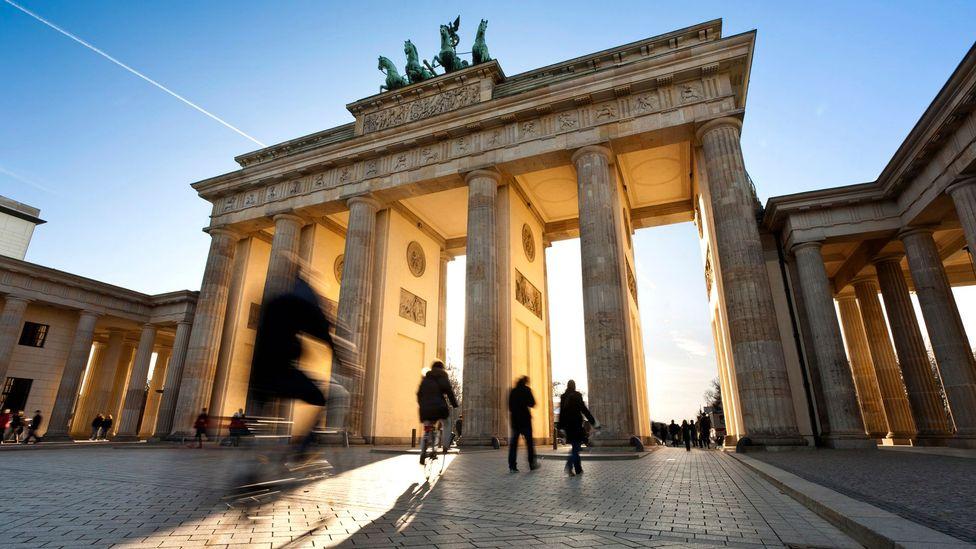 Freely passing through Brandenburg Gate (Credit: kapitaen/iStock)