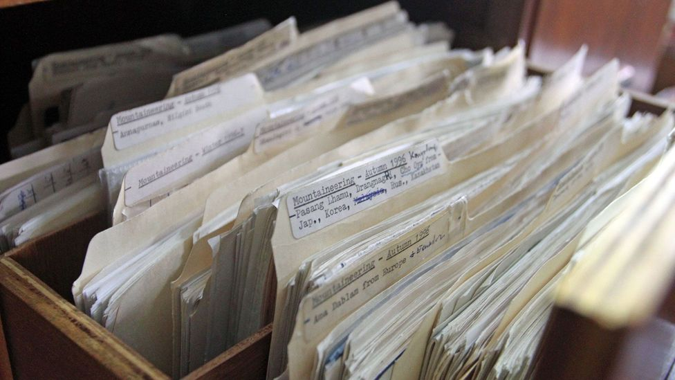 Files of expeditions, kept by Elizabeth Hawley