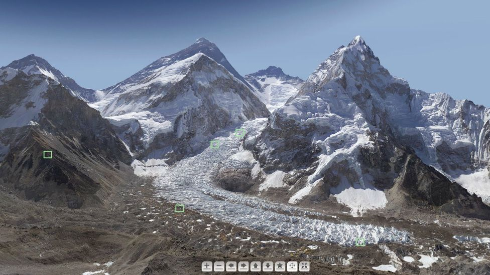Click on the link below to browse Everest in high-resolution (Credit: David Breashears/GlacierWorks)