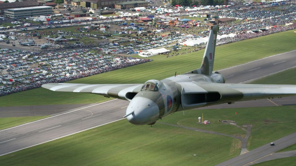 The plane's dramatic reaction from crowds became known as 'The Vulcan Effect' (Credit: Mark Arnold)