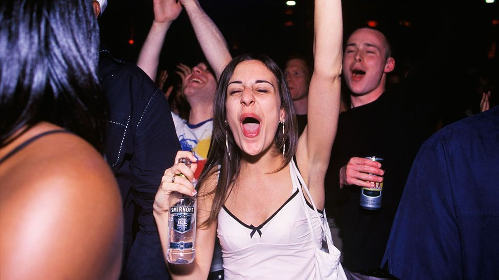 Smirnoff Ice and other alcopops became popular with the younger set in the 1990s (Credit: Everynight Images/Alamy Stock Photo)