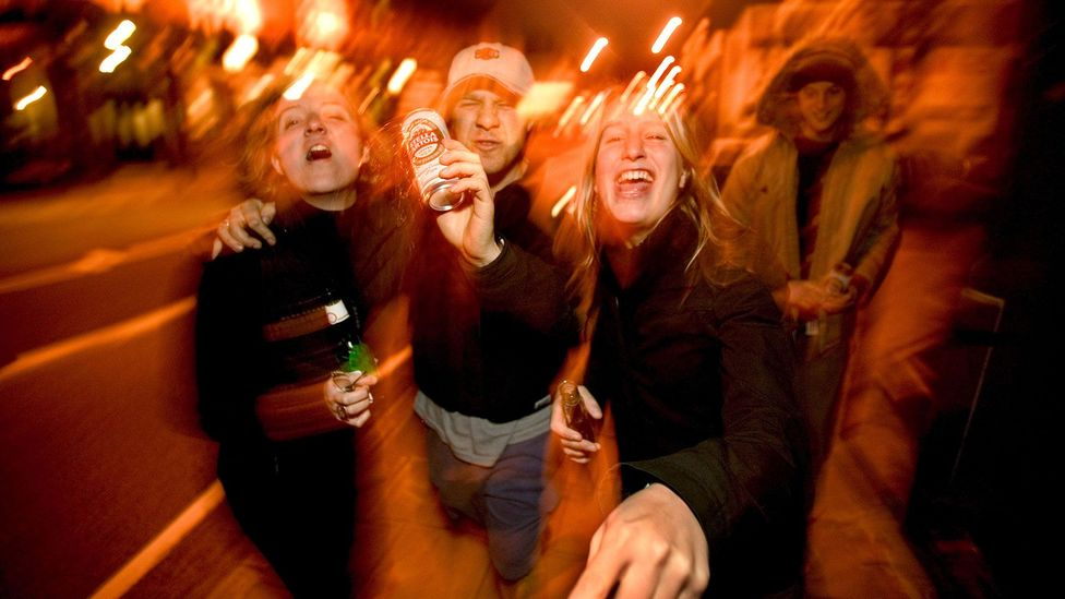 Young people drink on the street in London (Credit: Bazza/Alamy Stock Photo)
