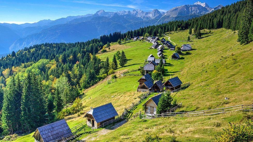 Wooden houses make Bohinj feel timeless (Credit: zkbld/Thinkstock)