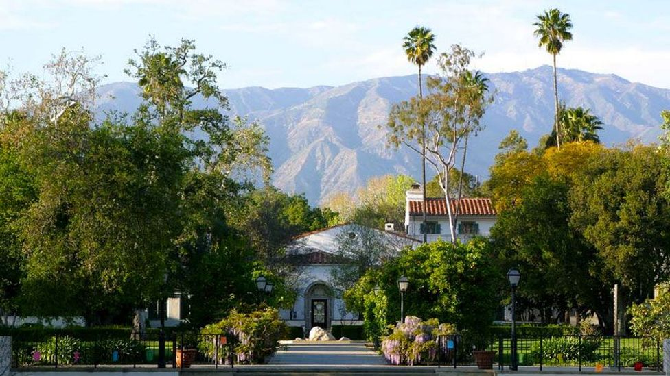 The Spanish Colonial architecture of Scripps College near Los Angeles creates a serene atmosphere suited to the Californian climate (Credit: Scripps College)