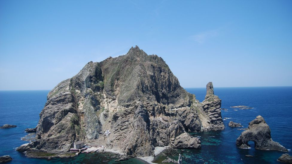 Japan disputes South Korea's sovereignty over Dokdo islands vigorously – but only verbally (Credit: Wikipedia/Ulleungdont/CC BY 2.0)
