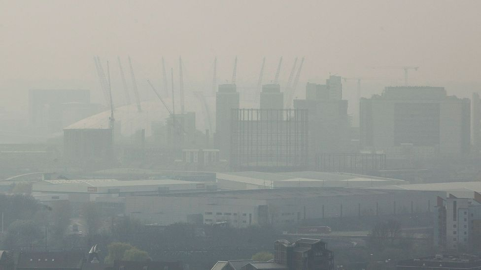 Smog veils the view of London's 02 Arena in April 2014 (Credit: Dan Kitwood/Getty Images)