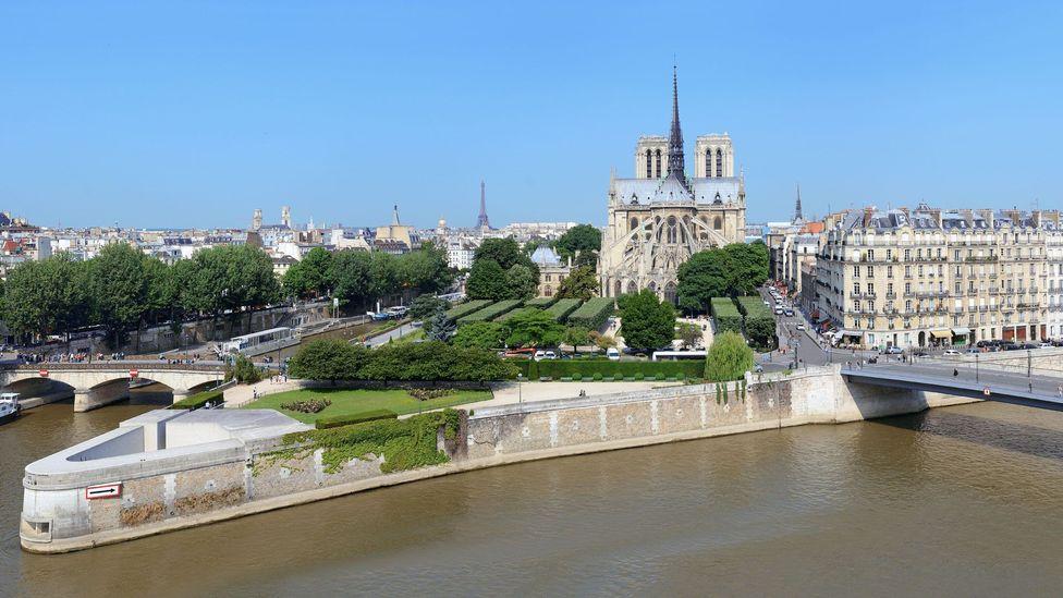 "Speaking perhaps of his transformation of the Île de la Cité, de Villefosse said ""the old ship of Paris was torpedoed by Baron Haussmann and sunk during his reign"" (Credit: Alamy)"