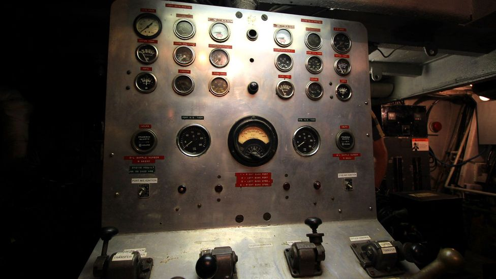 An old control panel on the Manisee, Eldred's treasure-hunting ship (Credit: Chris Baraniuk)