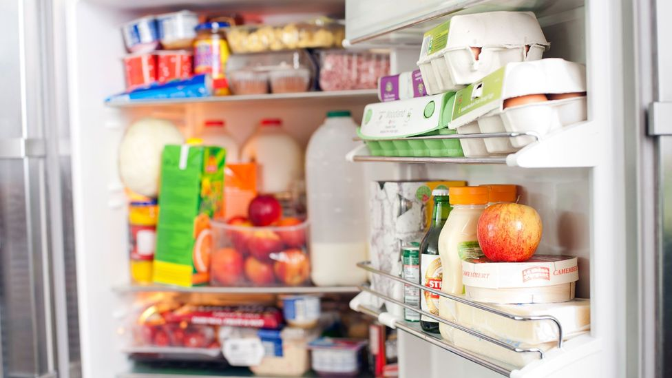 By the time you've reached the fridge, you have forgotten why you were there - but rather than being a weakness, this may reflect complex brain processing (Credit: Getty Images)